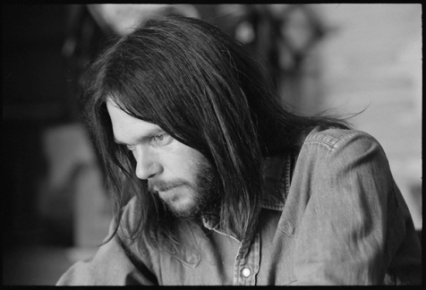 111813-neil-young-600-1384800624