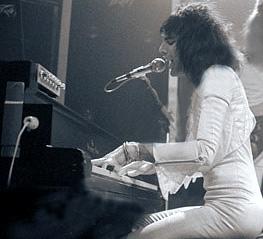 1975_steinway