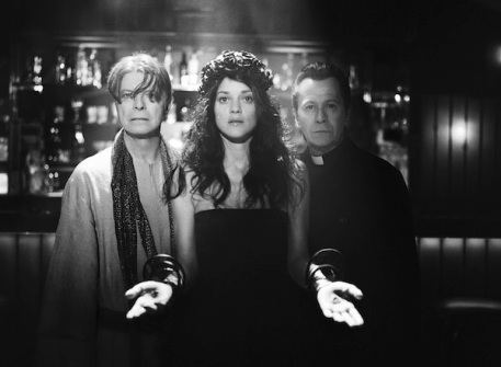 David Bowie stars alongside Marion Cotillard and Gary Oldman in the video for his new single 'The Next Day'