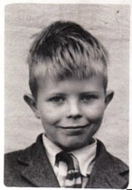 young-david-bowie-facebook