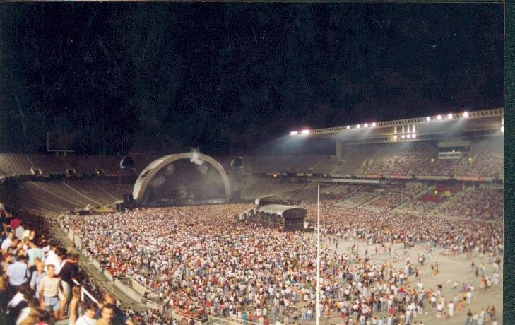 pink1994-07-27 - Estadio Olimpico_ Barcelona_ Spain - 03